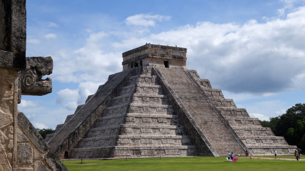Chichen Itza by Paul Simpson